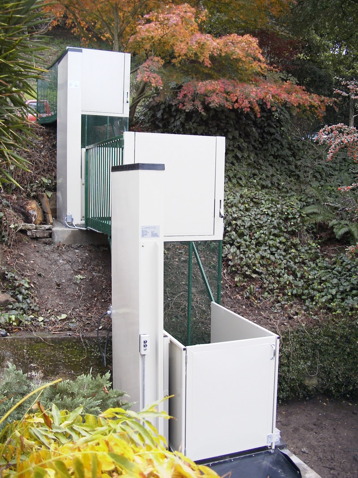 Apex Green Wheelchair Lifts Home Amp Commercial Wheelchair