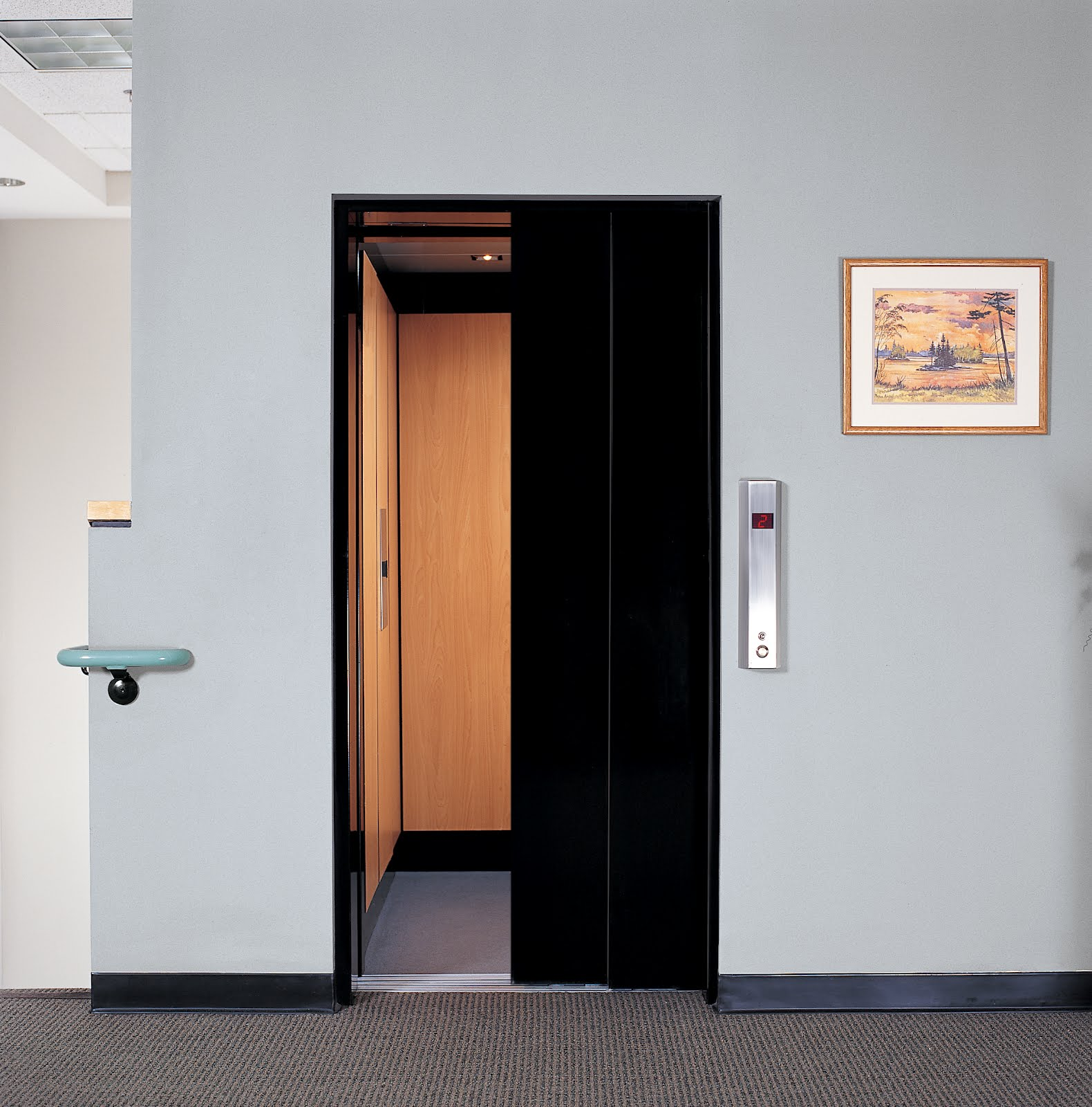 Freedom commercial elevators small commercial elevators for Small elevators